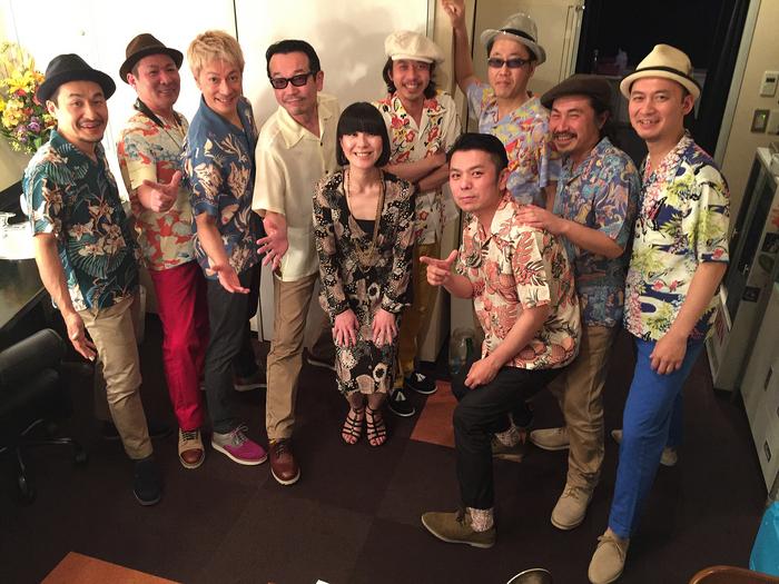 http://avexnet.or.jp/moodmakers/2015/02/06/IMG_4942.JPG